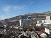 Трехкомнатная квартира с панорамным видом на горы в Кисловодске - Фото 1
