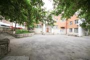 Улица Фрунзе 8; 2-комнатная квартира стоимостью 2200000р. город .