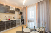 1-комнатная посуточно с угловой ванной в новом доме на Невзоровых