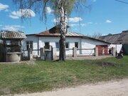 Двухкомнатный бревенчатый дом с гаражом в пос. Петровский - Фото 2