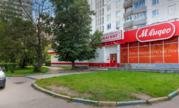 Торговое помещение под арендный бизнес, Славянский бульвар