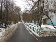 1-комнатная квартира в п. Нахабино, ул. Панфилова, д. 22 - Фото 1