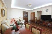 З-х комнатная квартира с дизайнерским ремонтом в Кировском районе - Фото 1