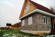 Дом в поселке в близи озера - Фото 1