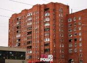 Хорошая Трехкомнатная квартира в кирпичном доме у метро Комендантский