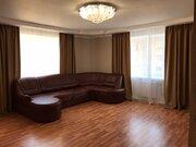 Продам просторную 2-х комнатную квартиру 67 кв.м. - Фото 1