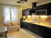 Продается 2-х комнатная квартира на 18-ом этаже общей площадью 67.2 м2