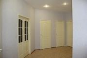 Продается просторная квартира в центре города 147 кв.м. - Фото 1