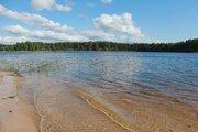 Участок на первой линии озера - Фото 1