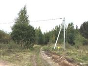 Отличный участок около леса в с. Пирочи. Коммуникации рядом. - Фото 1
