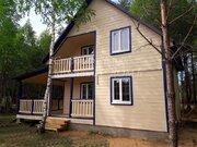 Новый дом с верандой и балконом в соснах у реки - Фото 1