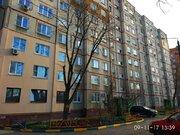 Трехкомнатная квартира улучшенной планировки 64кв. м. в Туле - Фото 1