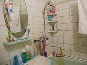 2 комнатная квартира ул. Газовиков, Заречный мкр, Купить квартиру в Тюмени по недорогой цене, ID объекта - 319437634 - Фото 3