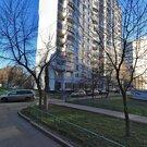 39 кв.м : комната 19 кв.м , кухня 8 кв.м , балкон , просторный коридор - Фото 2