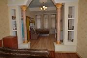 Купить двухкомнатную квартиру в Ялте 80 кв.м, в Ялте со своим двором.