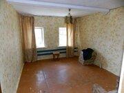 Двухкомнатный бревенчатый дом с гаражом в пос. Петровский - Фото 5