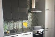 Продам 3-х комнатную с дизайнерским ремонтом и мебелью - Фото 2