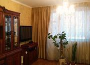 4-х комн.кв. + гараж ул. Октябрьская, д.4-на две машины рядом с домом - Фото 1