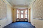 Двухсторонняя квартира с высокими потолками, лепниной и печами! - Фото 1