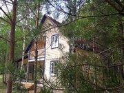 Новый дом с верандой и балконом в соснах у реки - Фото 3