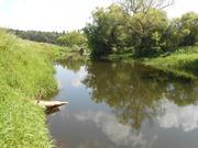Продается участок в Можайском районе на берегу реки.