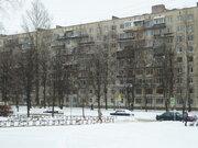 Продам 2 к.кв. оп 50,1 м2 в г. Санкт-Петербург, ул. Руднев - Фото 1