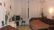 Продаю 2-х комнатную квартиру Фрунзенская наб, д.40 - Фото 1