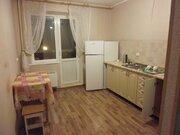 Квартира с мебелью. Мебель на кухне. Мебель в комнате. - Фото 2