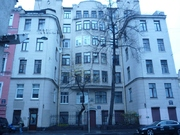 Продажа двух комнат в пятикомнатной квартире в Петроградском районе. - Фото 1