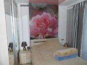 Продам 3-комнатную квартиру (вторичное) в Октябрьском районе - Фото 1