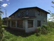Кирпичный дом на берегу озера - Фото 1