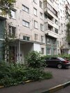 Трёхкомнатная квартира в Москве без ремонта, дешево. - Фото 1