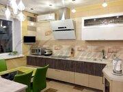 Очень уютная двухкомнатная квартира-студия с хорошим ремонто - Фото 1