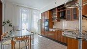 Аренда пятикомнатной квартиры 215 м.кв, Москва, Баррикадная м, .