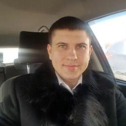 Лариошин Антон Николаевич