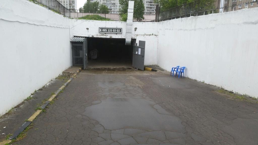(временно там снять гараж восточное дегунино для работы Библией