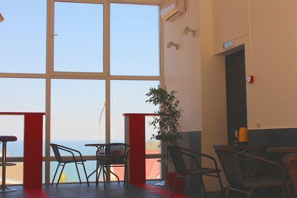 Николай комнаты в адлере у моря недорого макароны сосисками