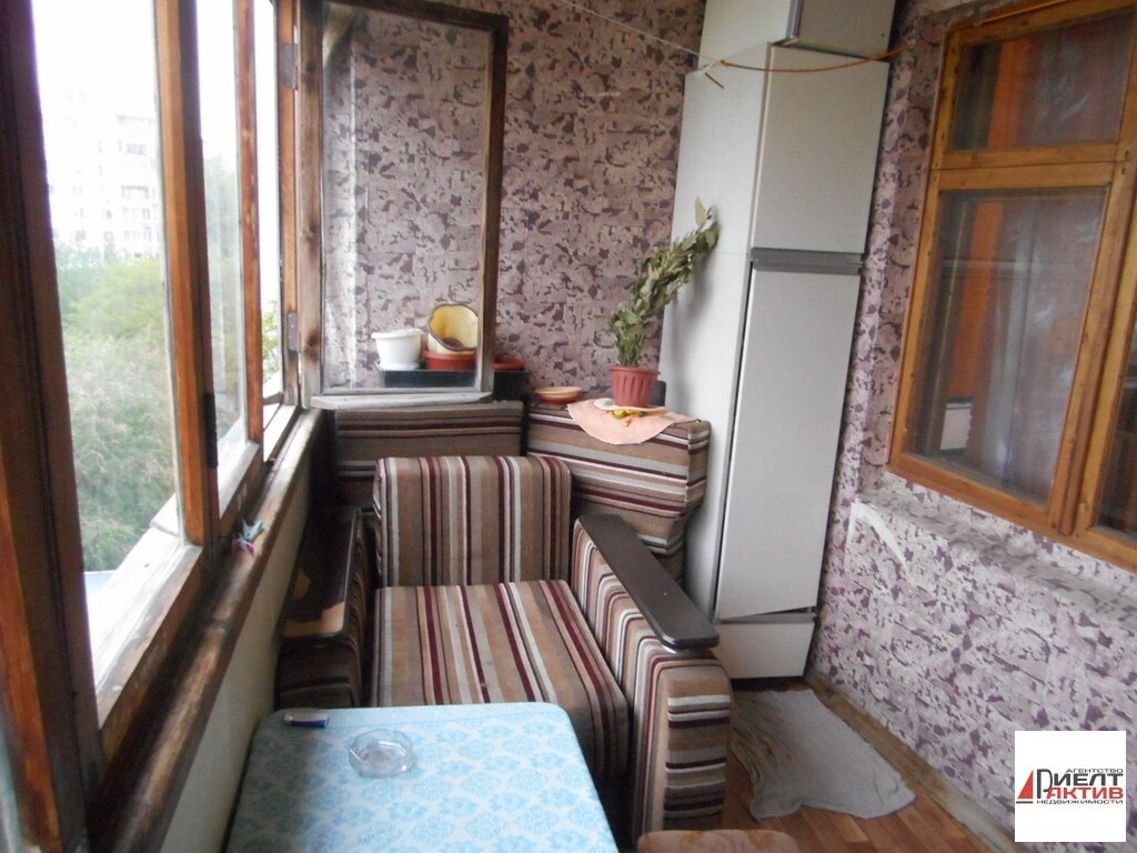 Квартира в доме 90 серии с лоджией и балконом , купить кварт.