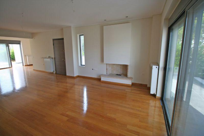 Где лучше купить квартиру в греции