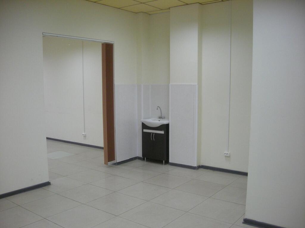 Аренда офисов в г.ульяновск снять помещение в аренду в москве первый этаж