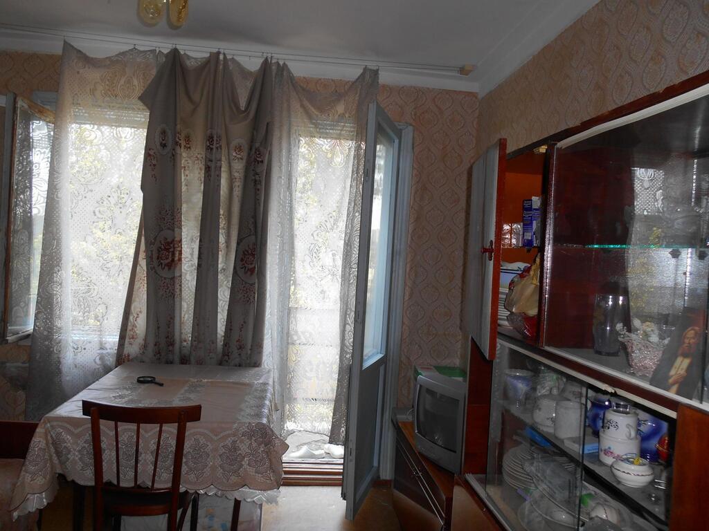 Комната с балконом чмр рядом с универом, купить комнату в кв.