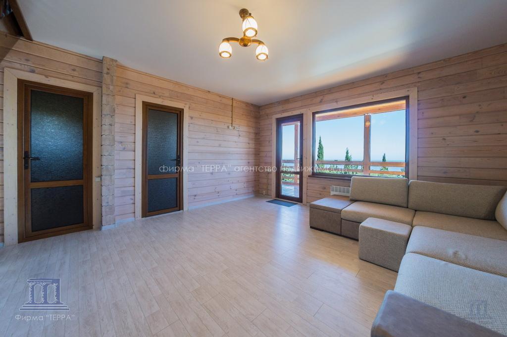Красивый дом в алуште большой купить