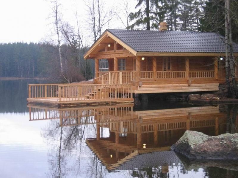 строительство бани на берегу реки