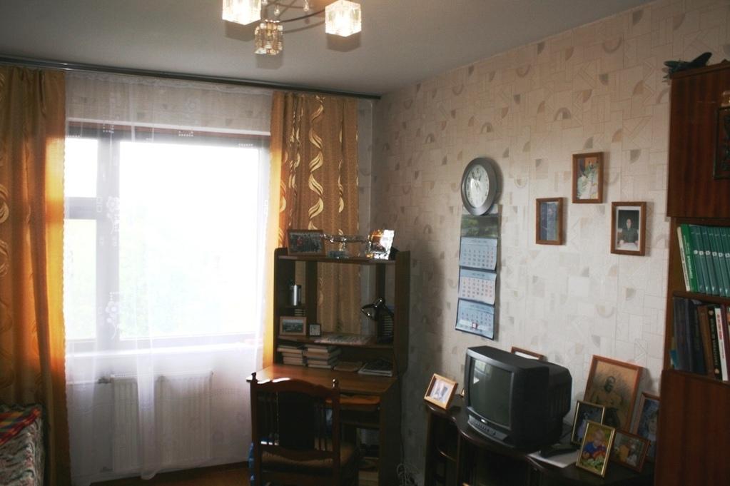 5 490 000 руб., трехкомнатная квартира 69 кв.м недалеко от ж.
