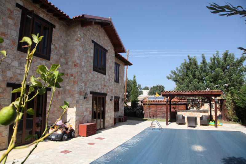 Купить дом в деревне пафоса