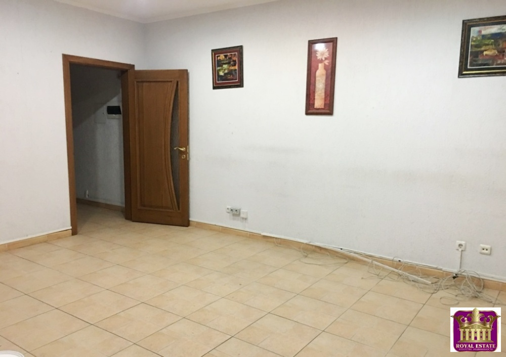 Аренда офисов в симферополе по ул.карла коммерческая и торговая недвижимость