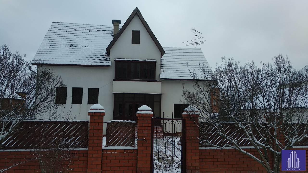 Продам дом по адресу Россия, Московская область, Солнечногорский район, Солнечногорск, ул. Рябиновая Аллея фото 0 по выгодной цене