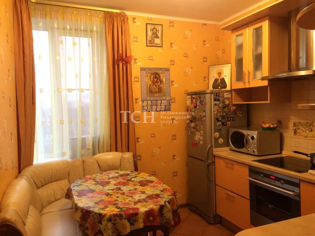 зданию 2комнатную квартиру купить шелковская есть только