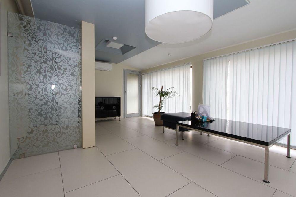 Аренда офиса 600 кв.м калининград аренда офиса москва метро нахимовский проспект