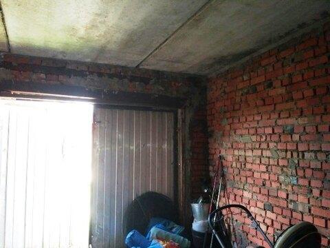 Кирпичный гараж с ж/б перекрытием площадью 22м2, с погребом - Фото 3